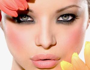 maquillaje-para-ojos-separados