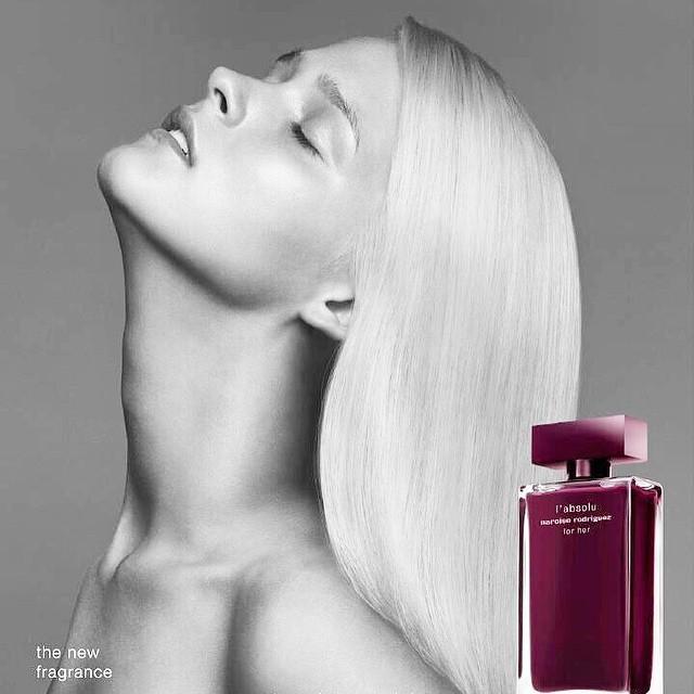 Perfumerías Laguna dispone de todas las novedades en perfumes, maquillaje y cosmética.
