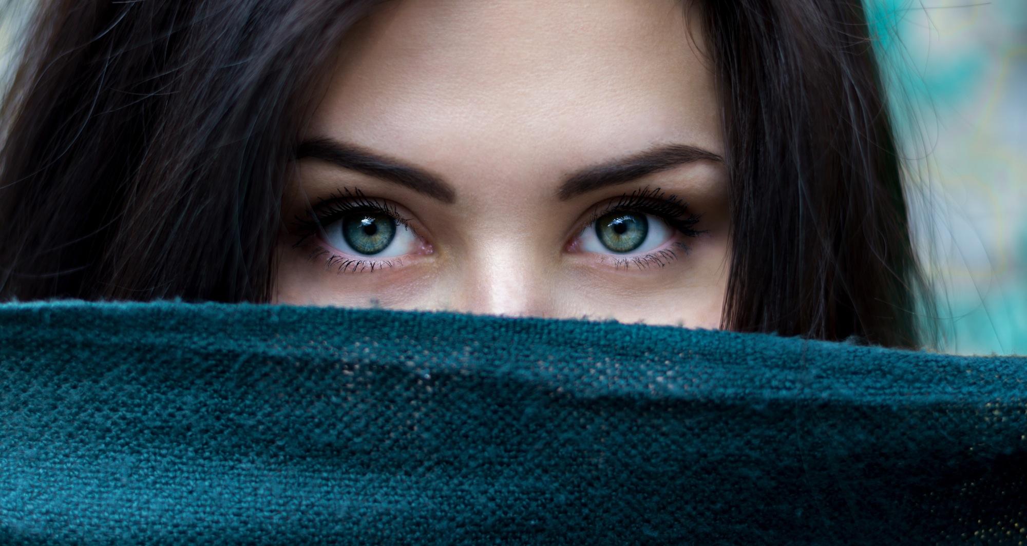 cuidado contorno de ojos