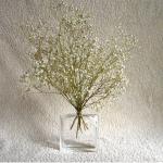 vía https://decorareciclaimagina.blogspot.com.es/2010/11/reciclar-frascos-de-perfume.html